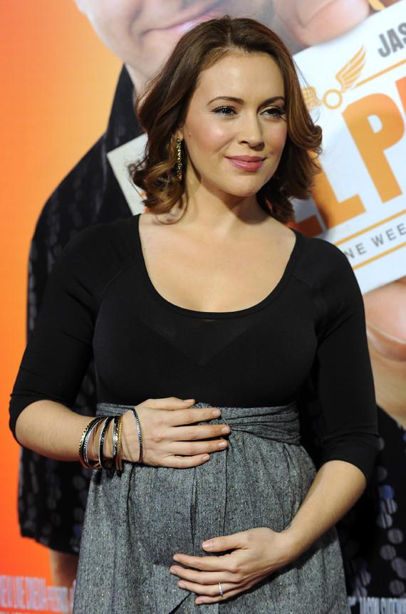 Alyssa Milano Pregnant 304857 Heaven On Earth