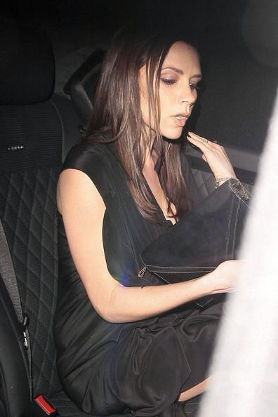 victoria beckham pregnant 2011 images. Victoria Beckham 4 1/2 Months