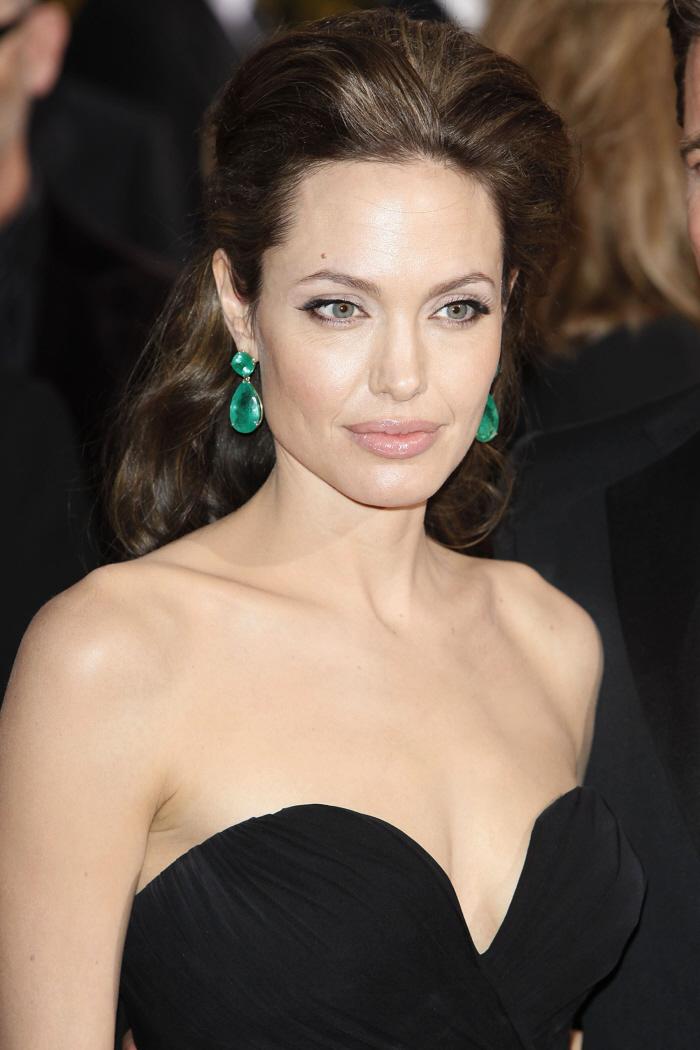 56e10206f Angelina-Jolie-Styles-Emerald-Earrings-102349 | Heaven On Earth