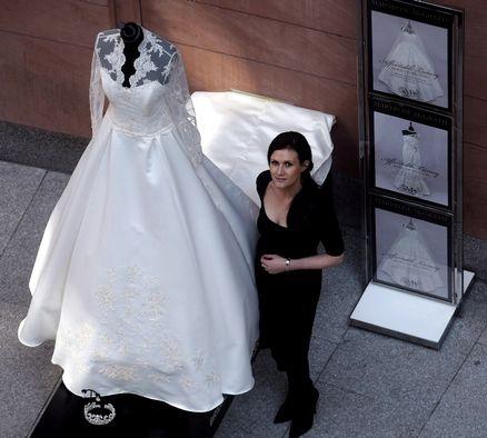 Kate Middletons Royal Wedding Dress Knockoff 102034