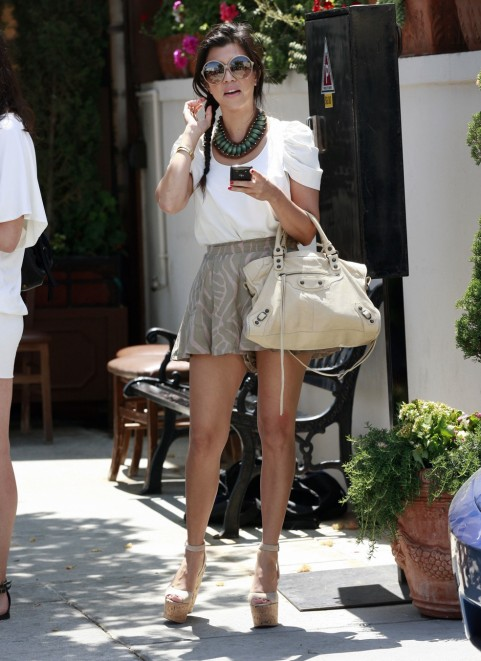 Kourtney Kardashian Fashion Style 300293 Heaven On Earth