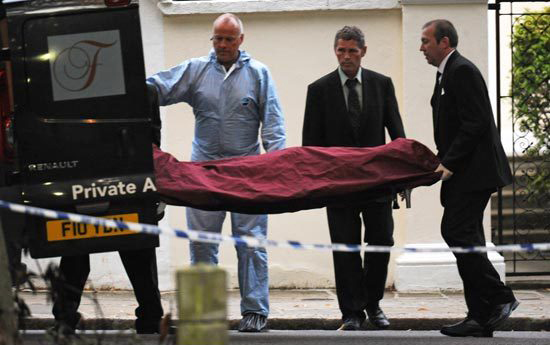 Singer Amy Winehouse Body Is Removed From Her Home