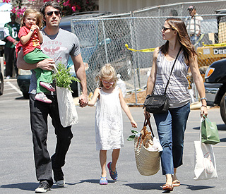 jennifer-garner-pregnant-3rd-child-100929