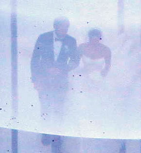 Kim-Kardashians-First-Pic-Wedding-Dress